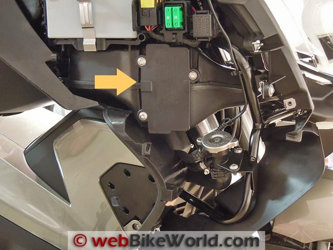 Bmwblowermotorresistorlocation S E F moreover Motorcycle Accessories Fits Bmw R Gs Lc Water Cooled Adventure R Rt R Nine T R R Front Brake further  in addition File likewise Hqdefault. on bmw fuse box location