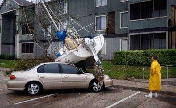 46627534 - Accidentes bizarros de coches