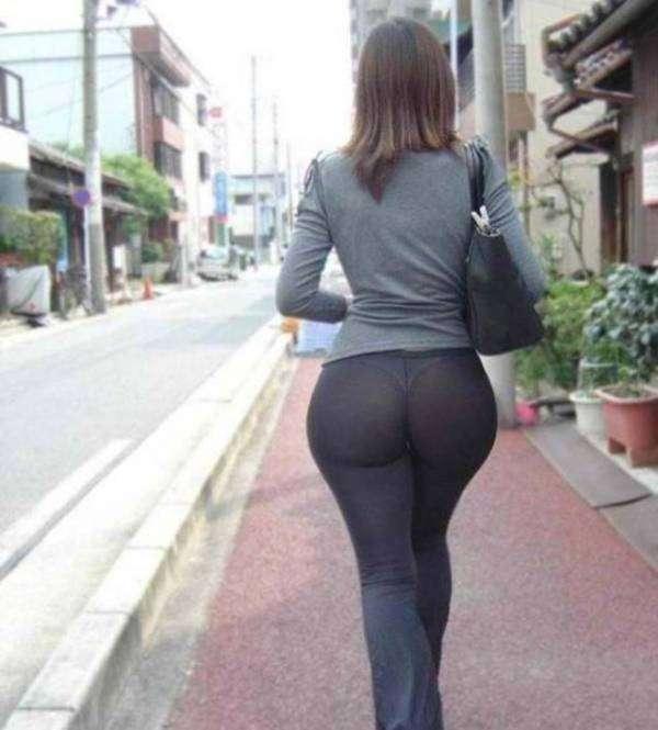 15 siguiendo nalgotas en leggins negros - 2 3